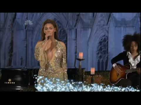 Beyoncé - Ave Maria (Live at Christmas In Rockefeller Center)