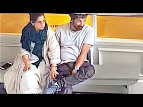 Ex-Lovers Sunny Deol and Dimple Kapadia HOLDING HANDS in London | SpotboyE