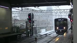 西武鉄道20151F 各停池袋行 雪の所沢到着