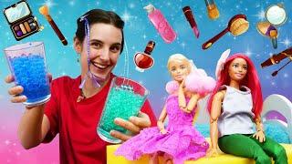 Salon de beauté pour poupées. Barbie est venue avec Ken! Vidéos en français pour les filles.