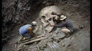 धरती पर विशालकाय मानवों के सबूत  Clues that prove Giants Existence in past  Part #1