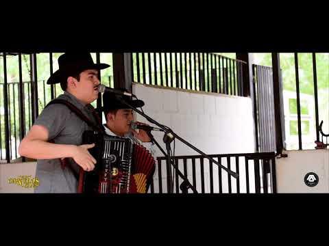 Canelos Jrs - La Goma Y La Chiva (En Vivo 2017)