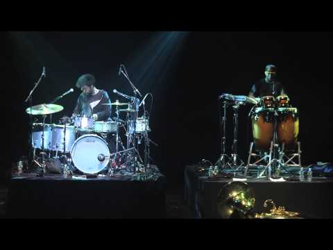Questlove and F Knuckles (The Roots) tweet drum solos