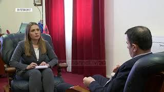 Kushtetuesja në krizën më të thellë - Top Channel Albania - News - Lajme