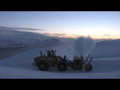 Fresing av veien opp til Nordkapp 010413