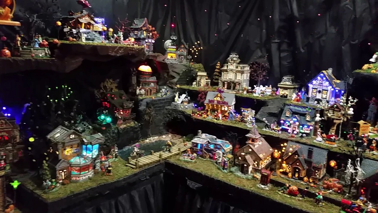 Dept 56 Halloween Village