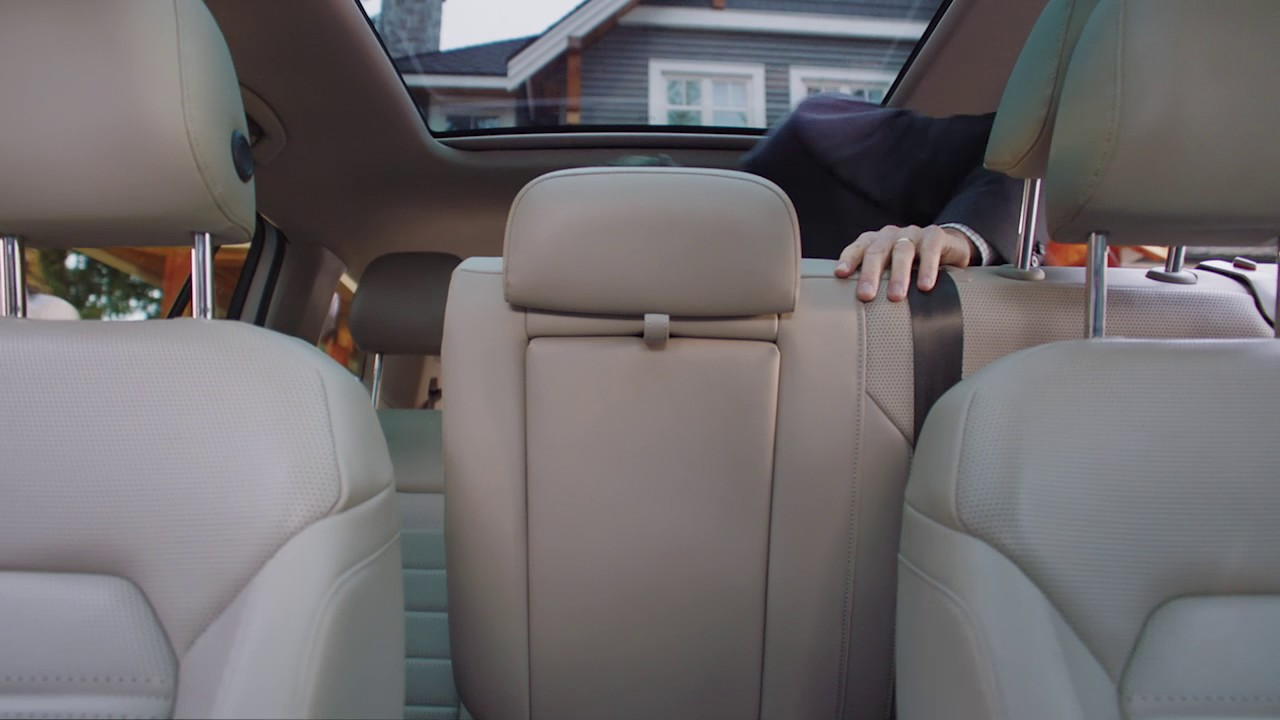 Extra Third Row Leg Room in the 2018 Atlas | VW SUV | Volkswagen Canada - YouTube