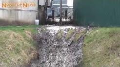 200.000 Liter Gärsubstrat sprudeln aus Biogasanlage in Bilshausen (25.03.2015)