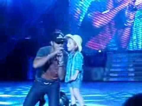 Someone Else Calling You Baby - Luke Bryan with little girl Kylee