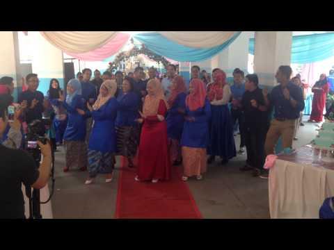 Chammak challo flashmob by Sohirians