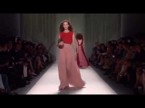JENNY PACKHAM Spring/Summer 2014 Fashion Show