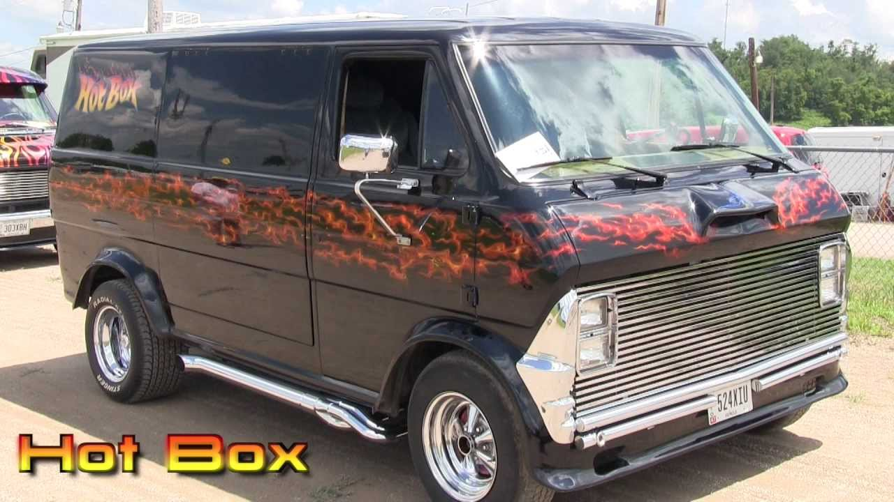 Walpapers Anime Hot Hd Con Zoom together with Custom Conversion Vans in addition XW7PBk1 7SE additionally 303922674827335263 together with 1972 Ford E100 Southwestern Bell. on 1977 dodge van mystery machine