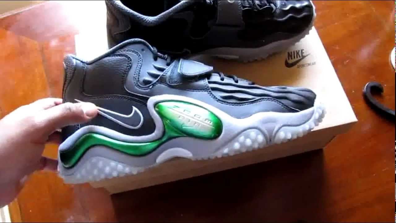 sports shoes f142b dadf4 Nike Air Zoom Turf Jet  97 Green Bay Packers - YouTube