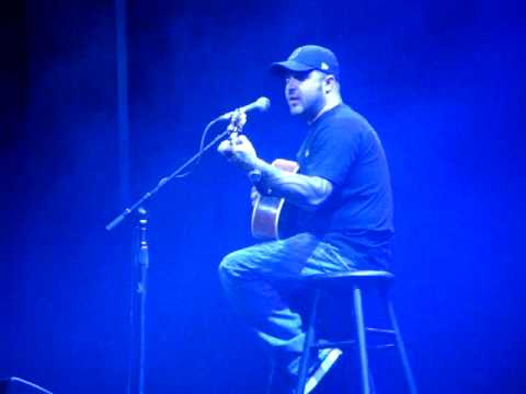 Aaron Lewis (Staind) Borgata - Music Box - Atlantic City 14/2/09 'Everything Changes'
