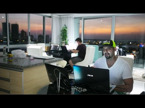 Day In The Life With Successful Day Trader and CEO Kunal Des