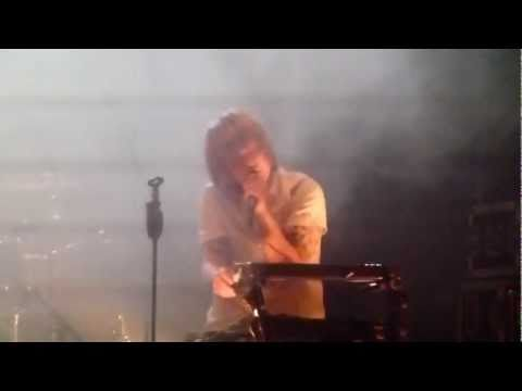 Disco Ensemble - Drop Dead Casanova (Happiness Festival 2011)