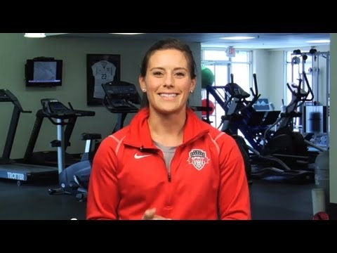 Female Athletes Up to 8 Times More Likely to Have ACL Injuries -- This Video Can Help