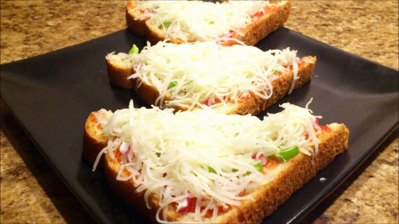 Bread Pizza - YouTube