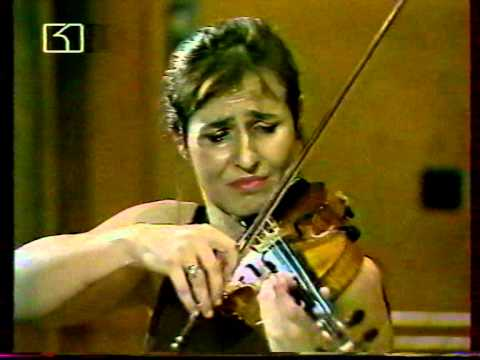 VANYA MILANOVA PLAYS CHAUSSON CONCERTO FOR VIOLIN PIANO AND STRING QUARTET