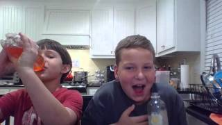 Gambar cover Sparkling Ice Challange w/ DeemPlaysMC and WB4 Studios