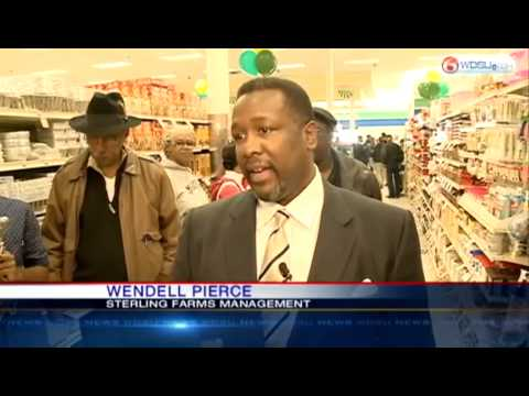 Sterling Farms Grocery Store Opens