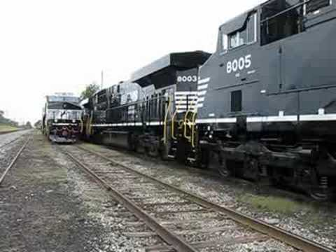 New norfolk southern es44ac units at erie pa 9 28 08 for Morocco motors erie pa
