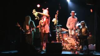 """DRAGIBUS """"La chanson des grenouilles"""" La Lune des Pirates 22/04/2010 Amiens"""