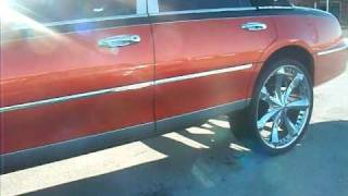 Lincoln TownCar on 26 inch rims