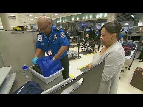 Airport security chaos in U.S.
