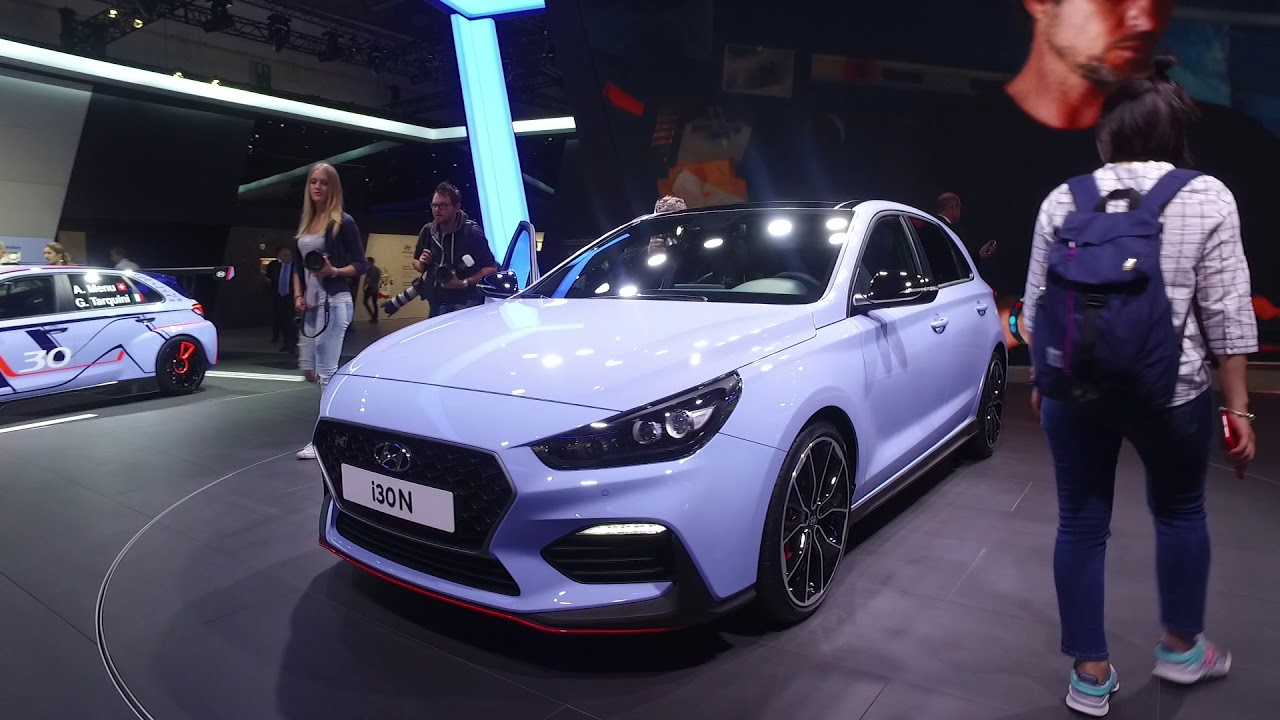 hyundai i30 fastback i30 n kona on iaa frankfurt 2017. Black Bedroom Furniture Sets. Home Design Ideas