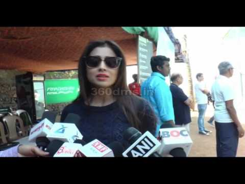 Shriya Saran Talks About WOMEN'S Day- Watch Latest Interview!