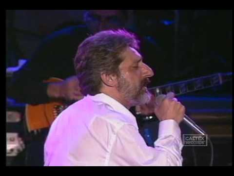Ebi - Ki Ashkato Pak Mikone (Live in Concert) | ابی -  کی اشکاتو پاک میکنه