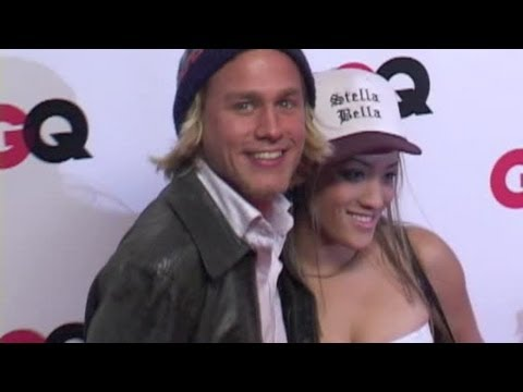 CHARLIE HUNNAM and girlfriend attend GQ party - 2003 - YouTube