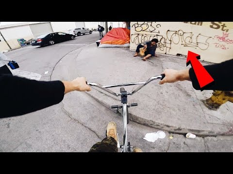 RIDING BMX IN COMPTON GANG ZONES 4 (BMX IN THE HOOD)