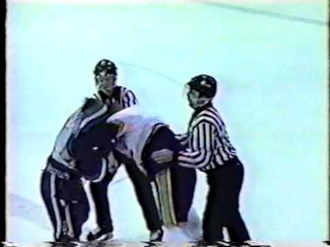 Curtis Doell vs Rob Porter SJHL 95-96