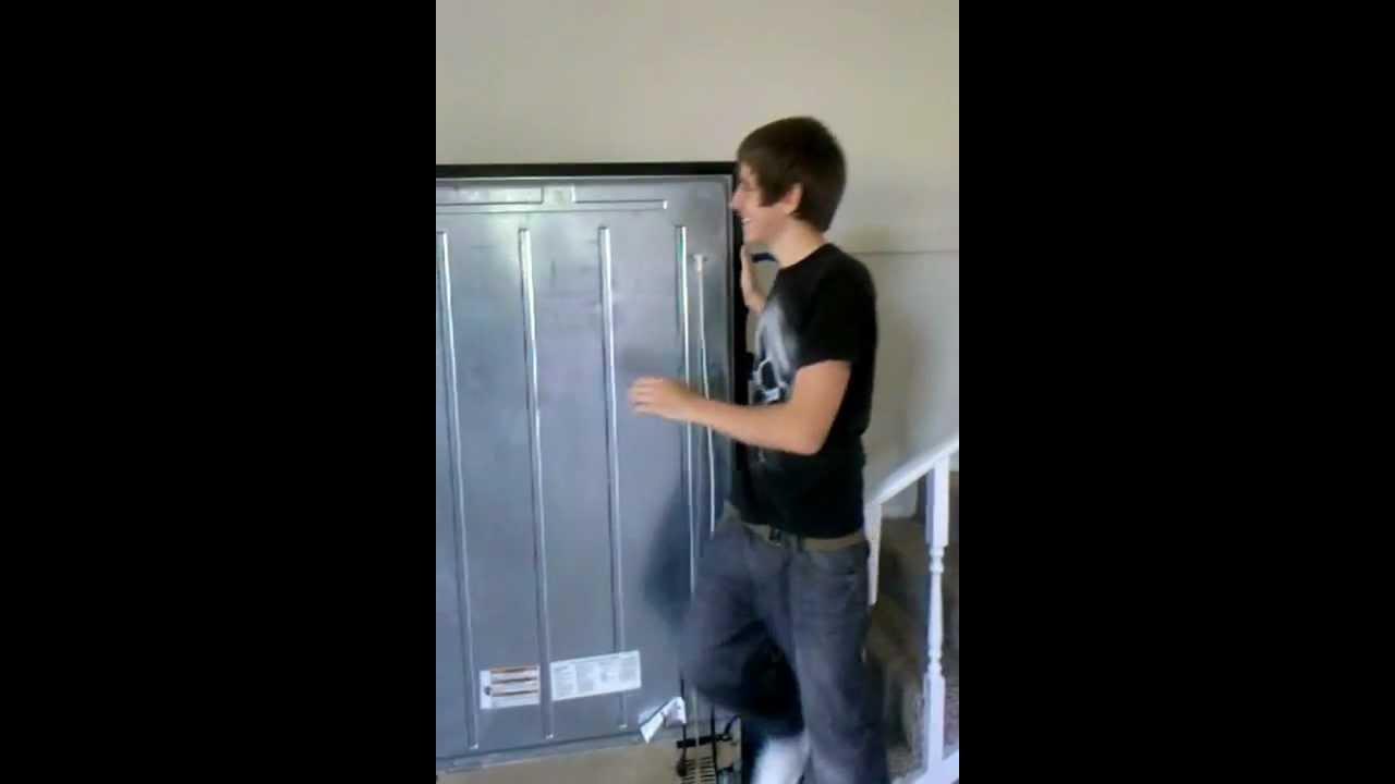 moving fridge upstairs fail youtube. Black Bedroom Furniture Sets. Home Design Ideas