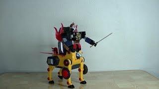 タイムボカンシリーズのヤットデタマンに出てきたロボットです。