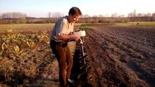 Работа  мотобура Sadko Садко AG 52N на примере посадки смородины.(Купить мотобур Садко AG 52N или получить консультации по технике, вы можете в нашем магазине Sad-ok.com по указанны..., 2016-09-14T10:04:52.000Z)
