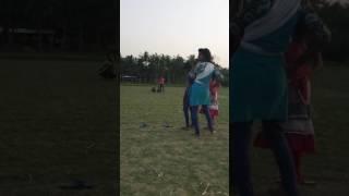 খেলা বৌউ তো লা আমার পাড়ার বোনেরা