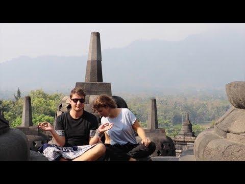 Java - Temples & Islands