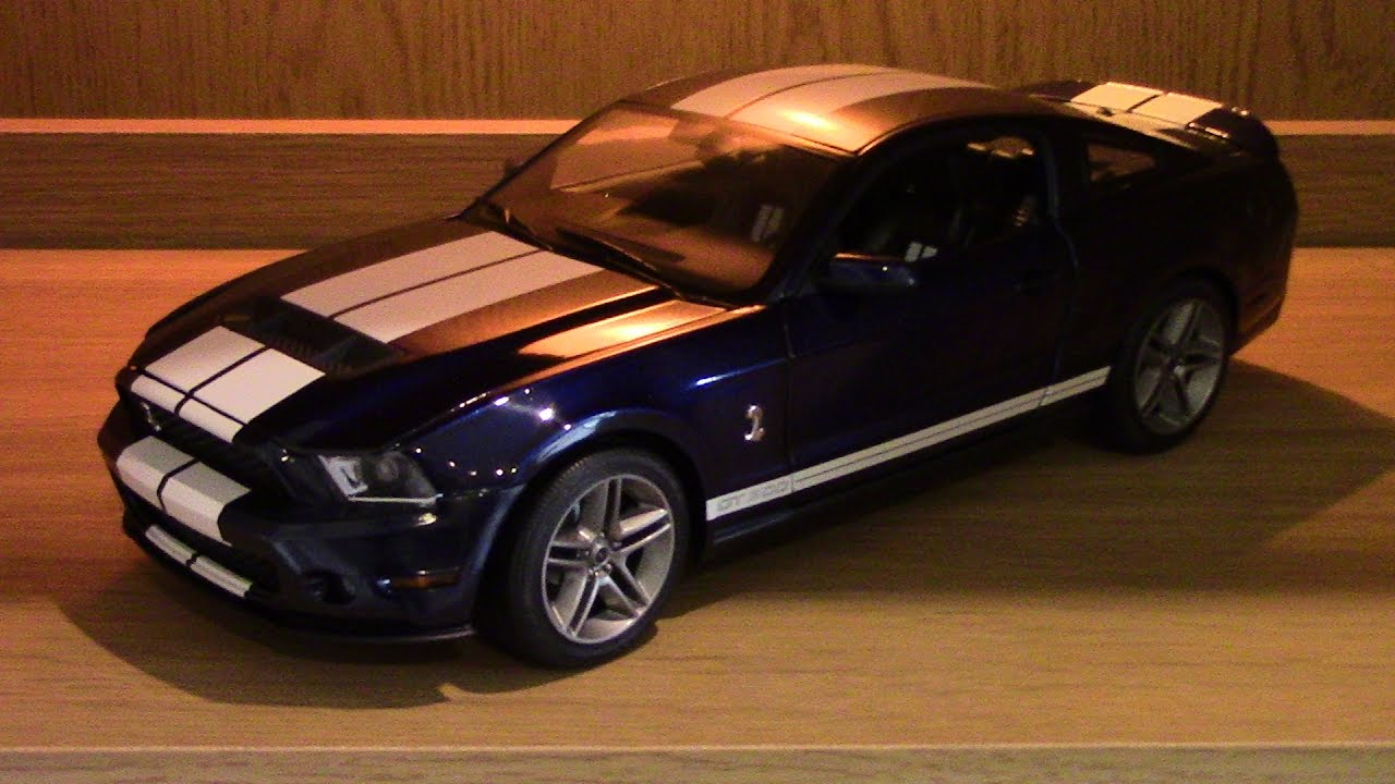 Ford Shelby Mustang GT500 2010 1:18 Scale by Greenlight - YouTube