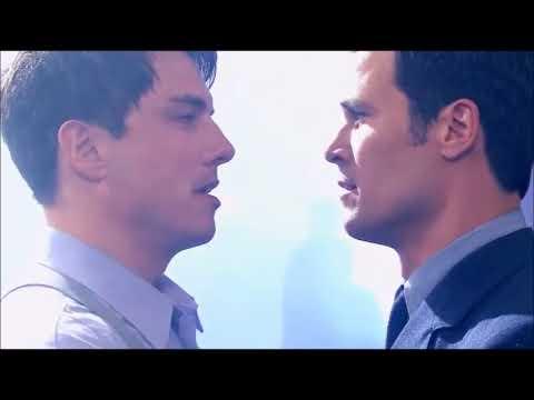 Torchwood - Captain Jack Harkness - Captain Jack kisses Captain Jack
