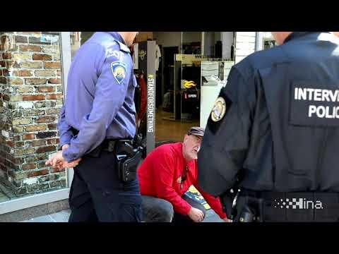 Policija privela fotoreportera