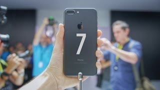 iPhone 7 Hands on - 10 Things Before Buying!(iPhone 7 & 7 Plus Hands on. Unboxing + Review coming soon! Phil's Video (2nd iPhone 7) https://youtu.be/QoNOG712zOU The Best Back to School Tech: ..., 2016-09-08T08:15:04.000Z)