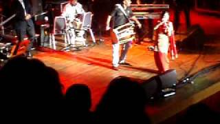 *NEW* Miss Pooja with crazy Dholi Akh Mastani Live Wolverhampton Civic Hall 2009