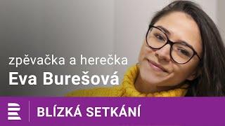 Herečku Evu Burešovou to v seriálu Slunečná baví: Práce na statku je můj sen!