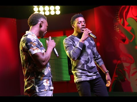 Chris Martin & Romain Virgo -