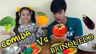 COMIDA DE VERDADE VS BRINQUEDO