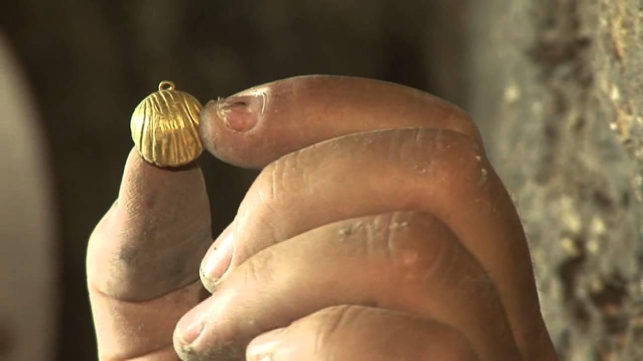 האם התגלה פעמון זהב של הכהן הגדול בעיר דוד? City of David Finds