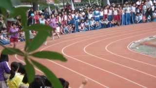 明正四大美女400公尺接力破紀錄比賽!